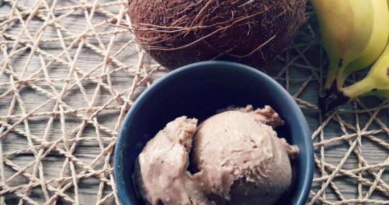 Nice Cream – Gelato vegan con banane, cocco e cannella