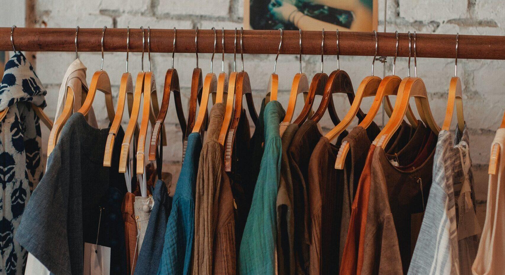 Basta shopping! Vivere senza comprare nuovi vestiti